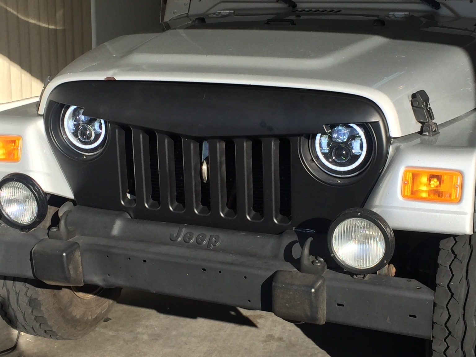 Ecb Fa A Cf C D Jpg on Jeep Wrangler Tj Led Headlights