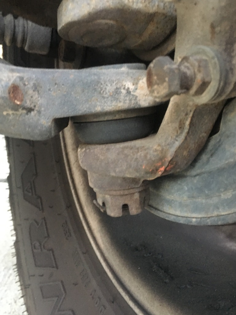 Worn Out Tie Rod Ends and Ball Joints | Jeep Wrangler TJ Forum